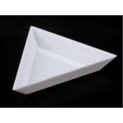Bead Triangle plastic Bowl   090199